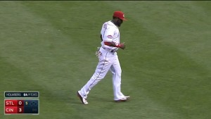 Brandon Phillips ranges to his left and makes a nice catch, robbing Kolten Wong of a base hit in the 5th inning